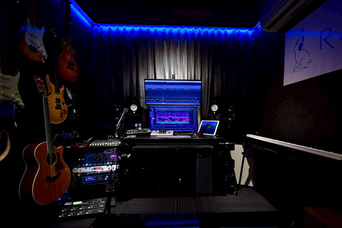 スタジオ8